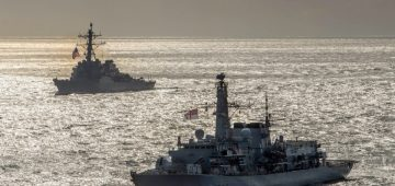 NEW PATROL BY US & UK FLEETS PROVOKES MEMORIES OF SPECTACULAR END TO THE OLD COLD WAR AT SEA